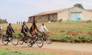 Umoja Schule Kenya - Copyright World Bicycle Relief